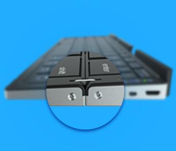 Produto teclado bluetooth visto de lado com zoom